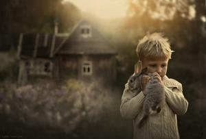 cool-animal-children-photography-Elena-Shumilova-bunny